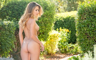 Rena in Garden Eden from Femjoy