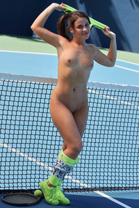 Young and fresh doll Emma Brown strips naked on the tennis court