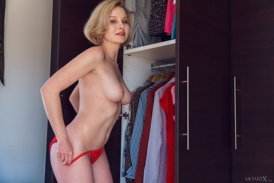 Kery in Red or White 1 from Metart X