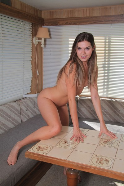 Sarah Smith in Presenting Sarah Smith from Erotic Beauty