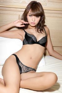 Bloomed vixen Azusa Koizumi posing in New Standard