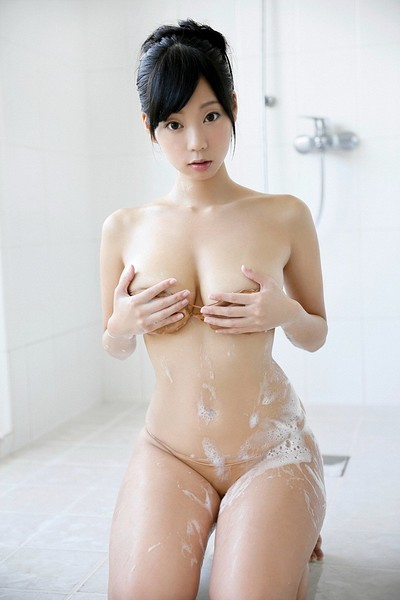 Hikaru Aoyama in Lot To Offer from All Gravure