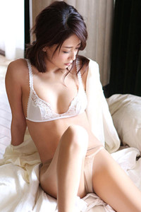 Smoking vixen Mai Kamuro dazzles us with her sexy body in Pale Angel 2