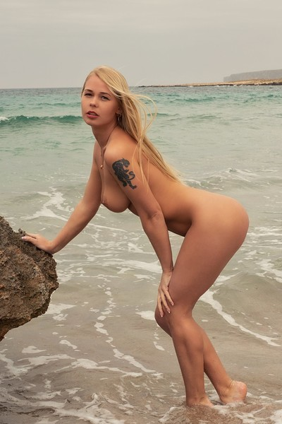 Darina in Waves on the Beach from Photodromm