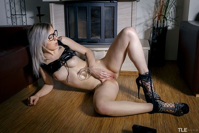 Kate Fresh in Pumping Time 1 from The Life Erotic