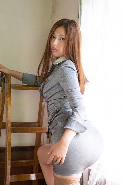 Mai Sasaki in Facets Of Beauty from All Gravure