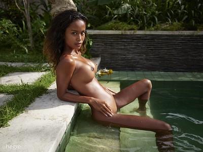 Putri in Breathtaking Balinese beauty from Hegre Art