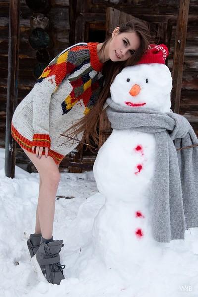 Leona Mia in Snowman from Watch 4 Beauty