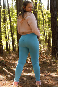 Little chubby Fawn Richfield finally takes off her clothes giving us a nice view of her amazing body