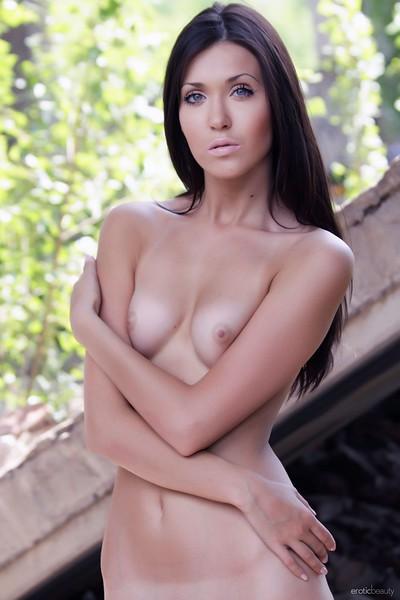 Mary C in Backyard Beauty from Erotic Beauty