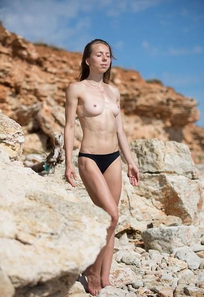Elika in Rocky coast from Stunning 18