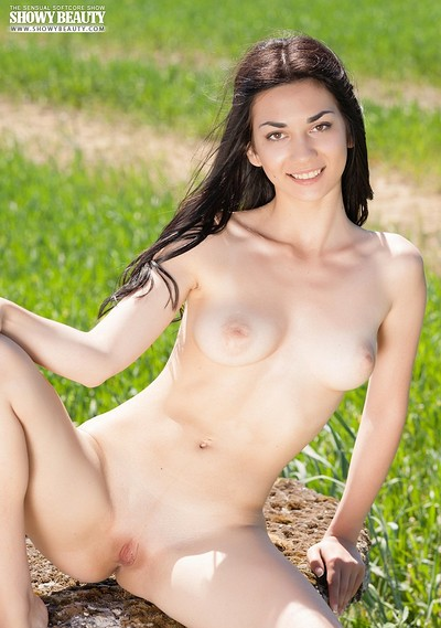 Annasia in Meadows 1 from Showy Beauty