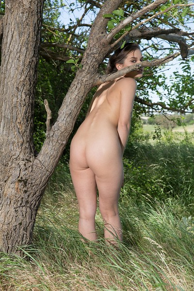 Pola in Presenting Pola from Erotic Beauty