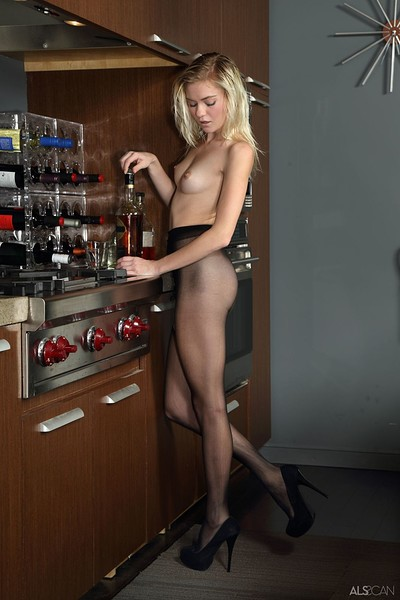 Chloe Foster in Sippin and Rippin from Als Scan