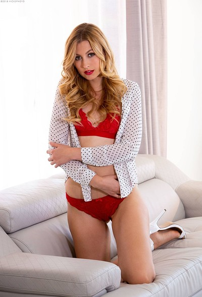 Alexa Grace in The color of love from Digital Desire