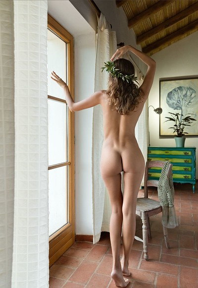 Clover in Aphrodite from Femjoy