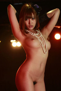Bloomed allgravure model Asuka Kirara gets nude and nasty in Celebrity Night