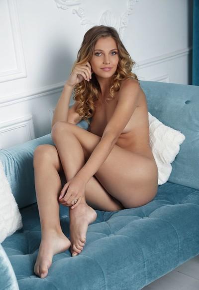 Elina De Leon in A Special Night from Femjoy