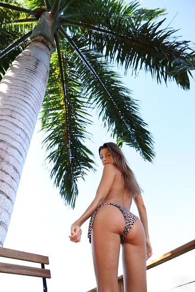 Maria in Big Palm Tree from Watch 4 Beauty