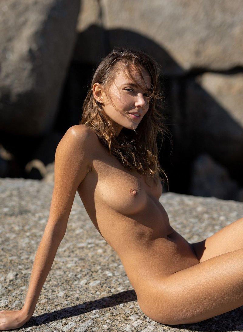 Katya Santos Nude Clips