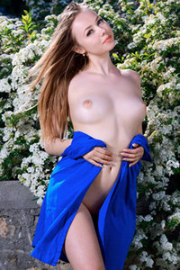 Angelic babe Julia Sweet takes off her blue dress showing off her fabulous body