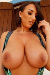 Stacey Poole owns gorgeous natural melons and she likes to expose them