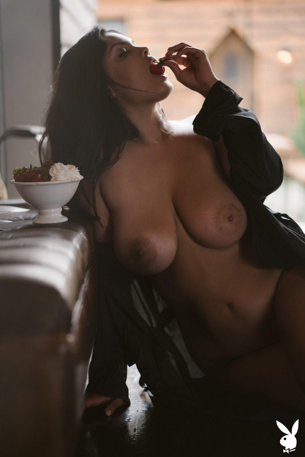 Jocelyn Corona Nude