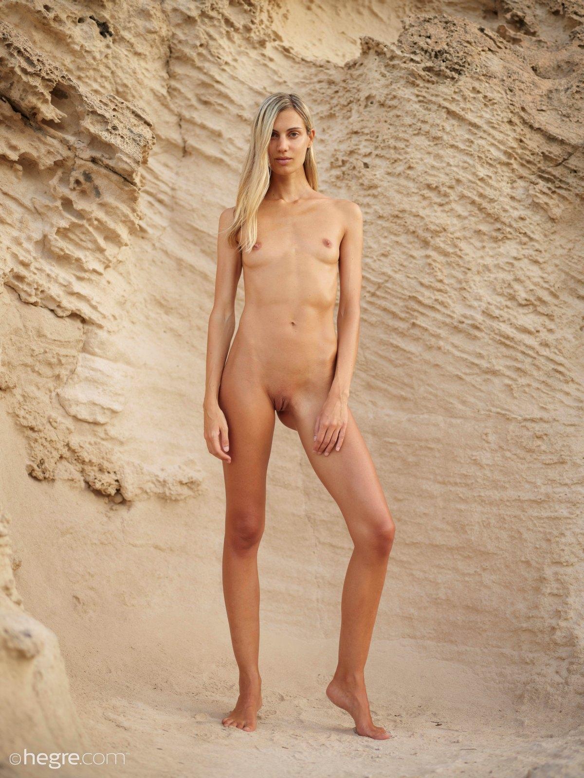kik nude gallery