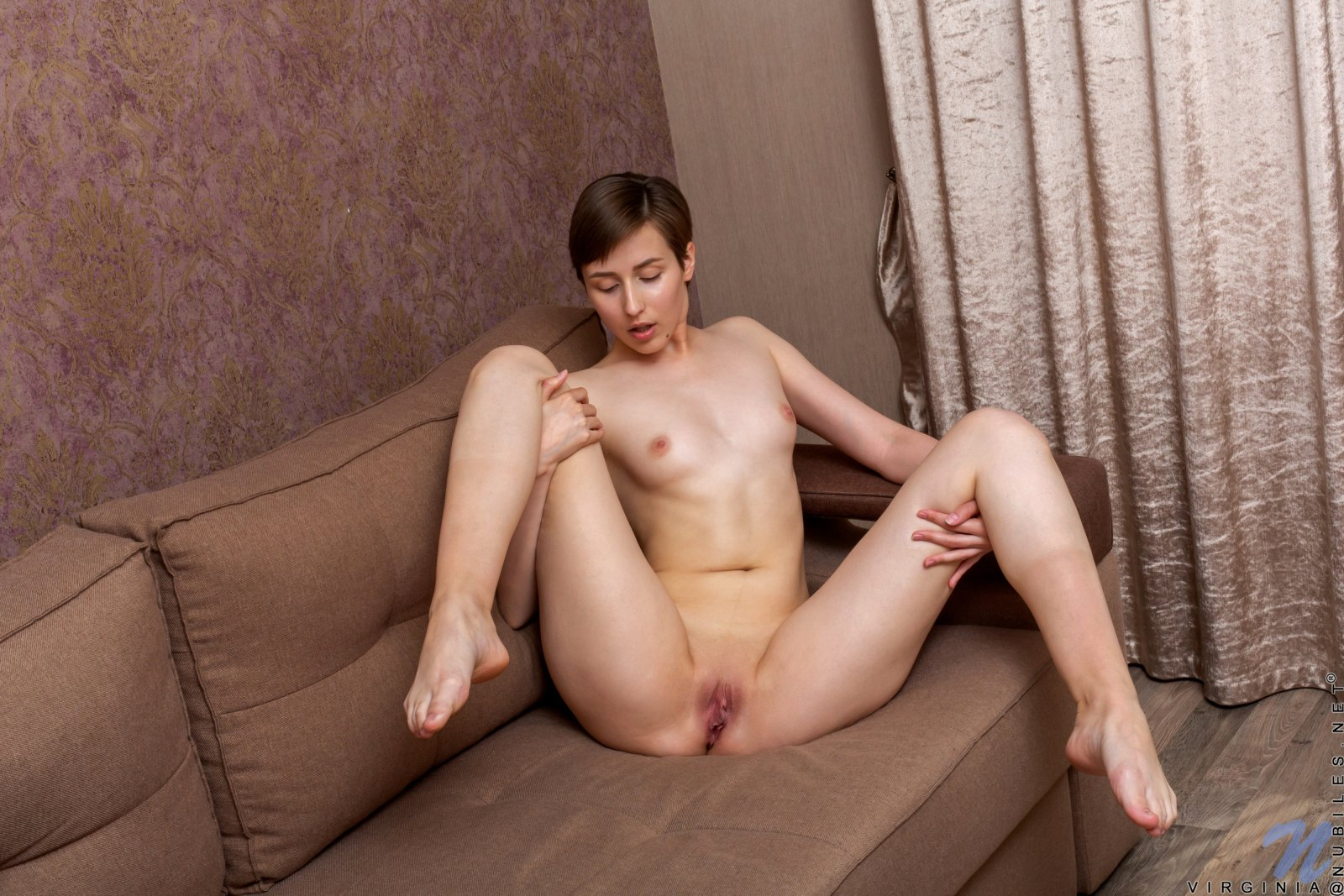 Virgin girls sexy pics