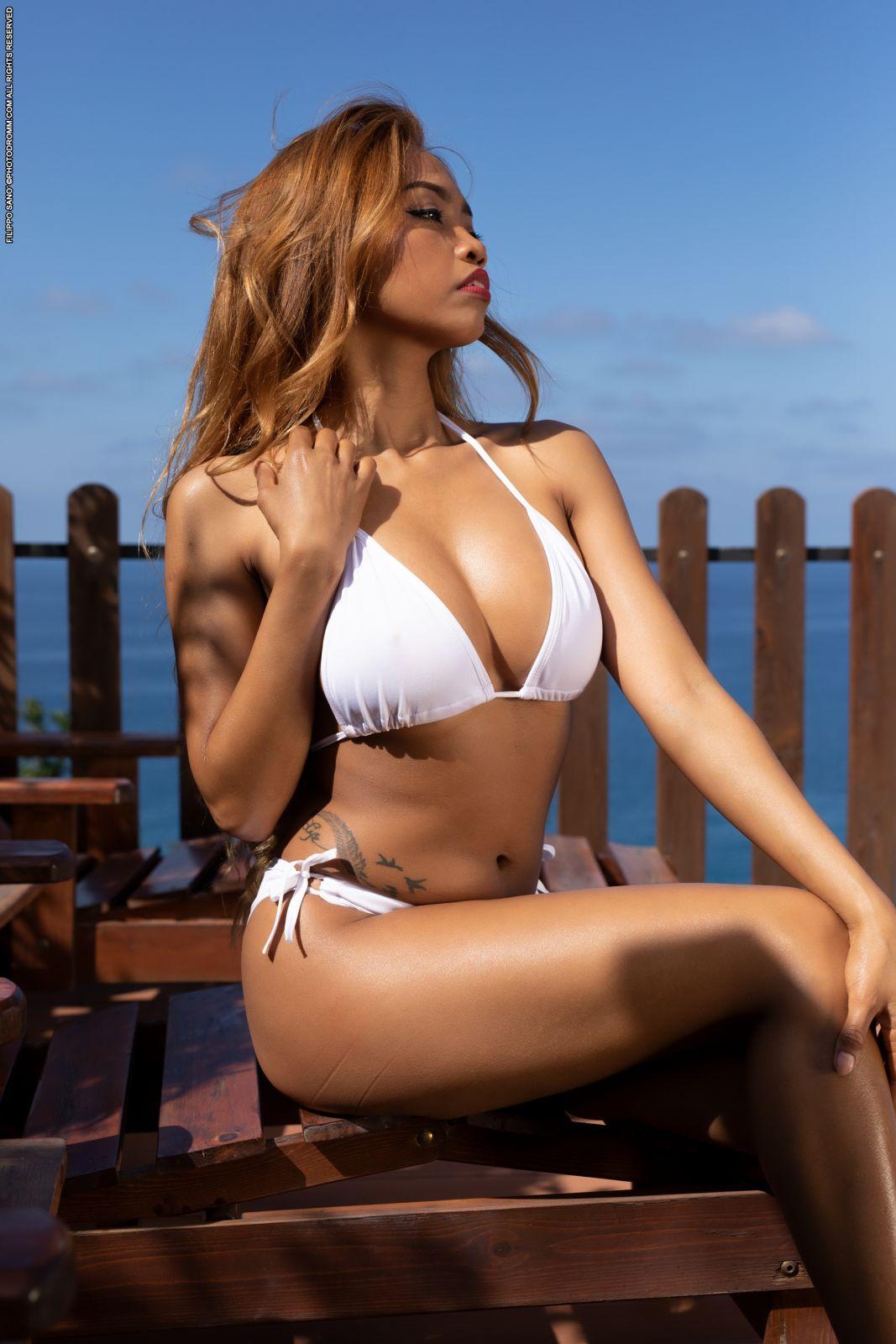 Girl Perfect Body Strips
