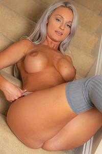 Savannah Miles  nackt