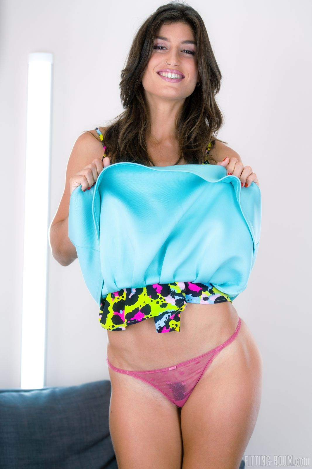 Julia Roca Nude in Anal Plugged Spanish Booty Girl - Free