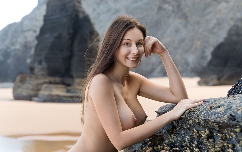 Alisa Big By Femjoy Uflash 1