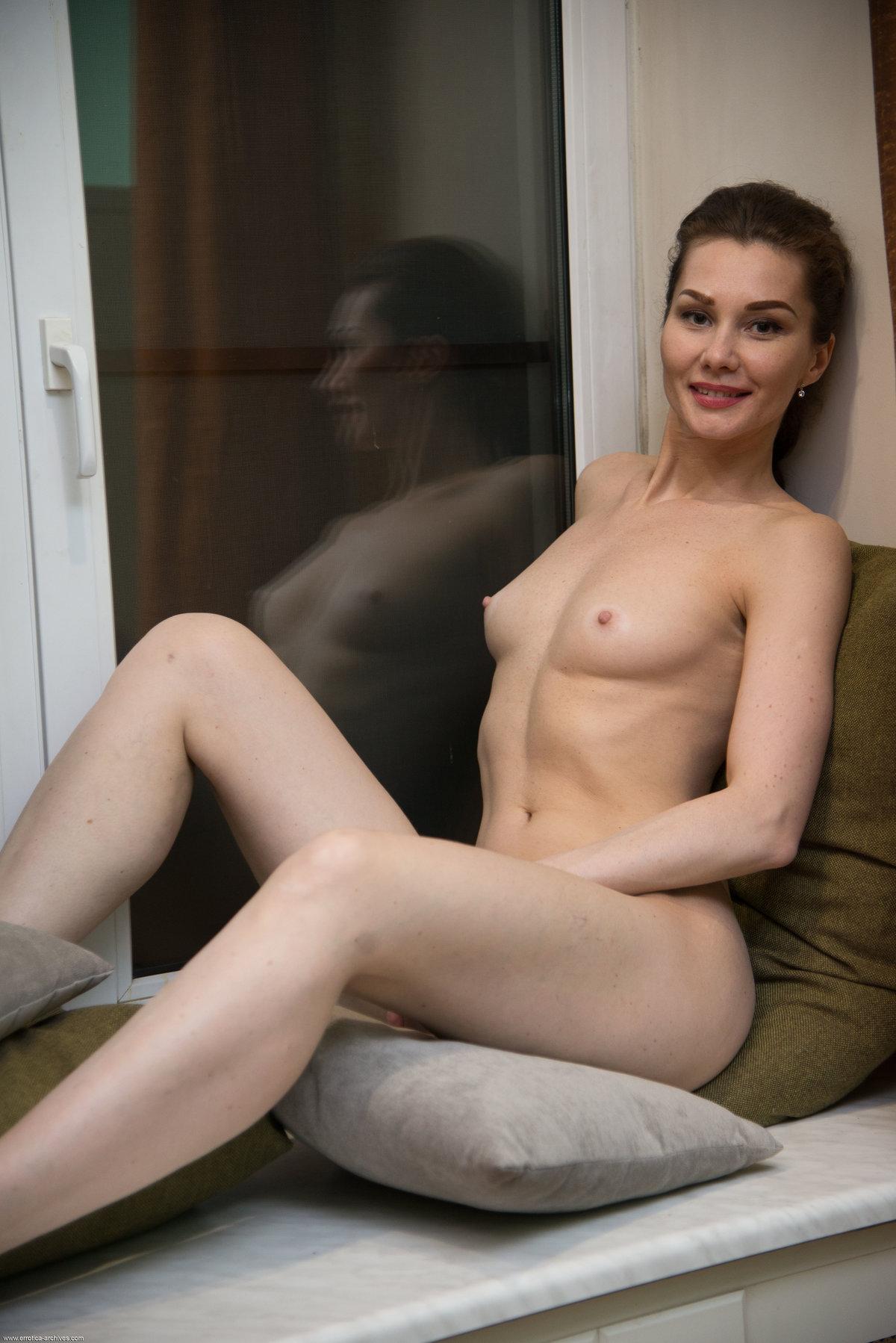 Angelika Gee 16