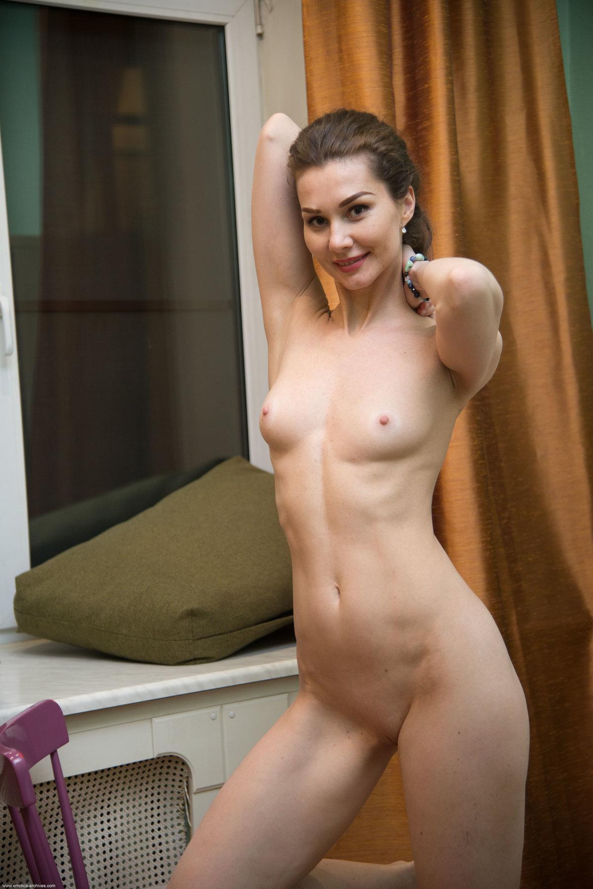 Angelika Gee 27