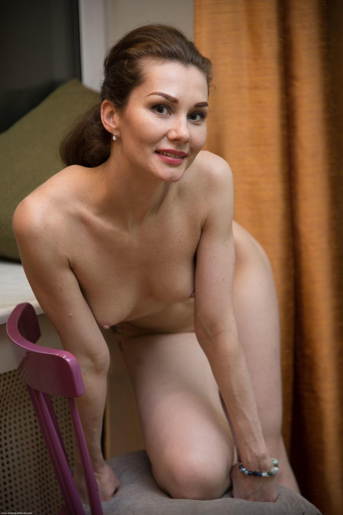 Angelika Gee 28
