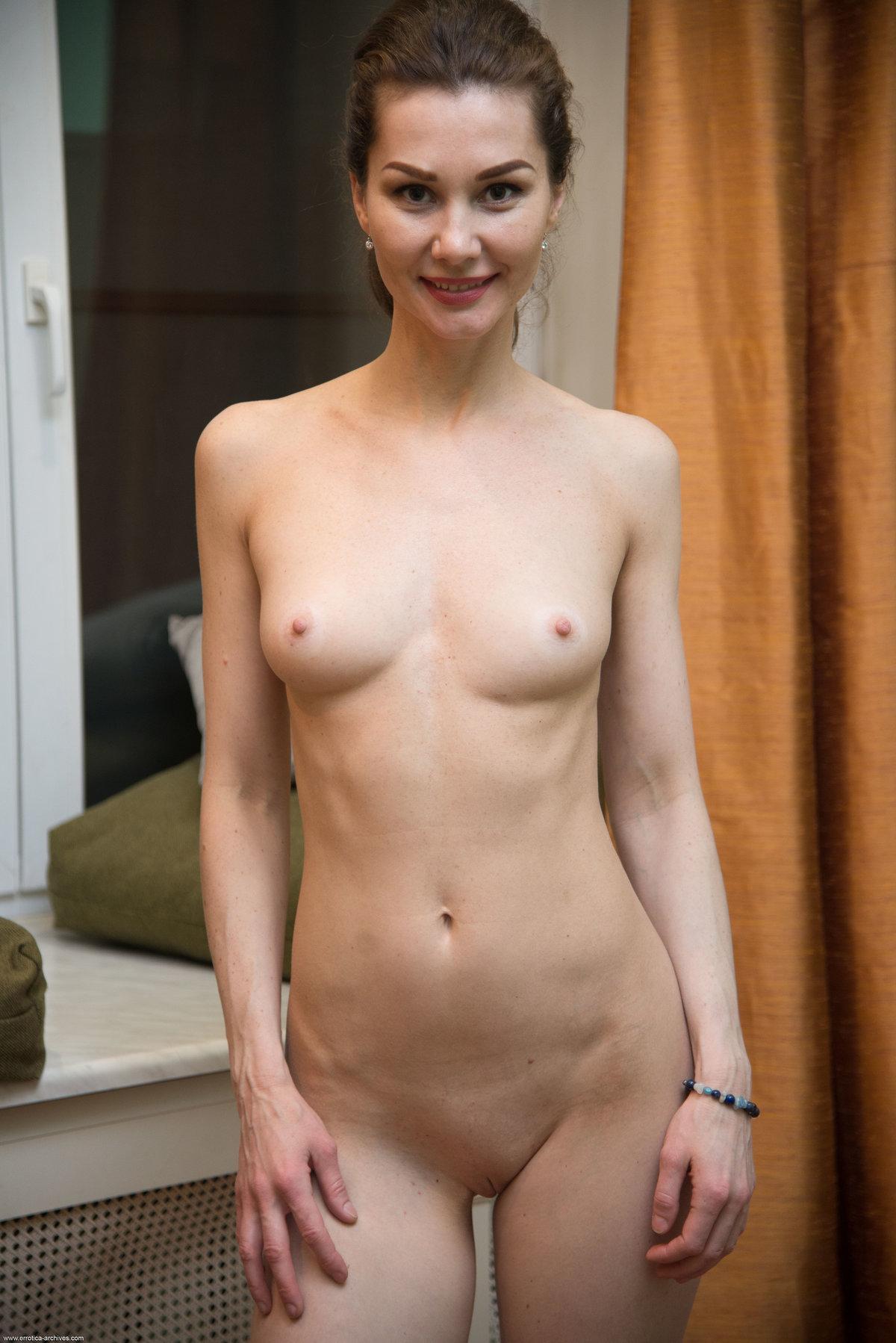Angelika Gee 33