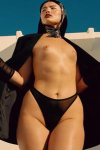 Photoset of sexy all natural model Alicia Loraina Olivas