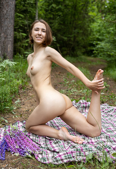 Ava Q in Avas Debut from Femjoy