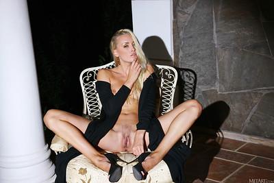 Liza B in Vixen from Metart