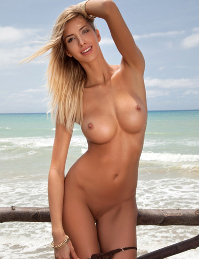 Claudia E