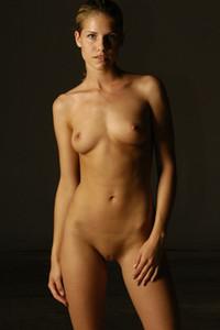 Iveta B Nude